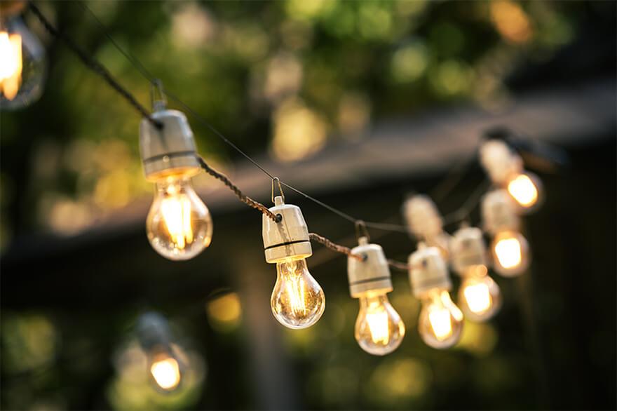 guirnaldas con bombillas decorativas