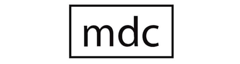 MDC. Especialistas en Pies de Salón, Sobremesas y Flexos